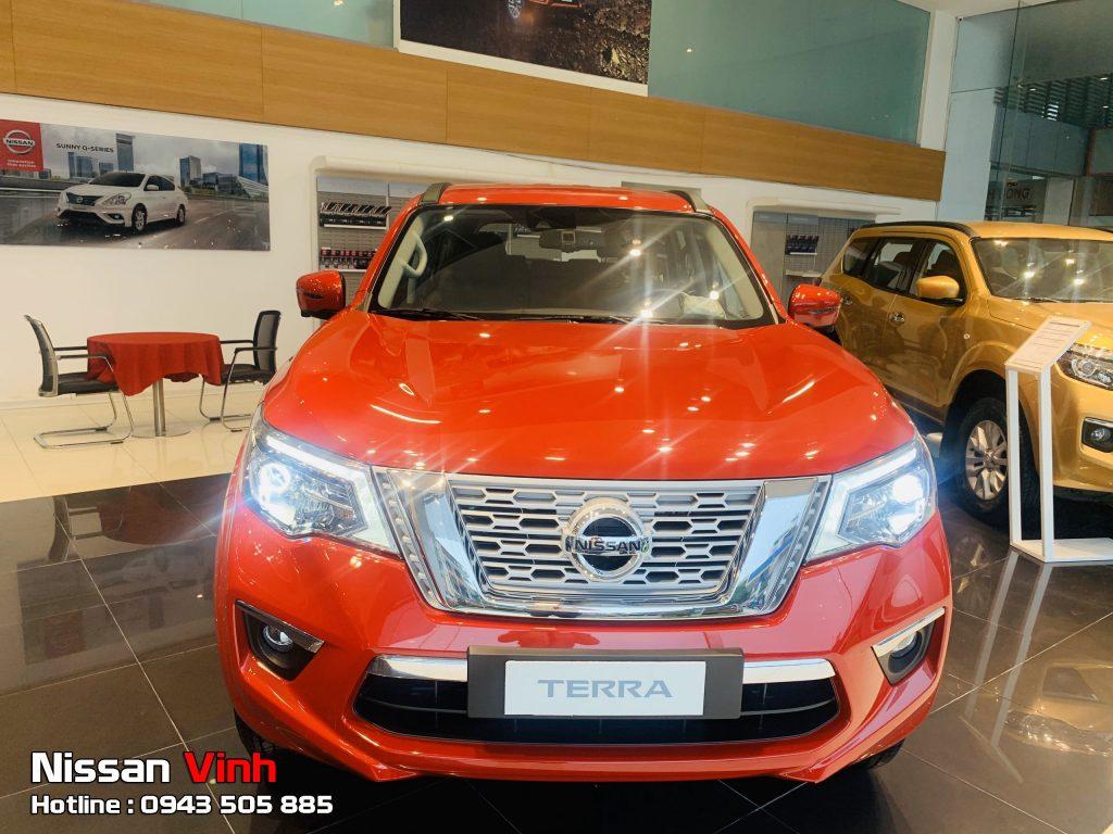 Đánh giá Nissan Terra