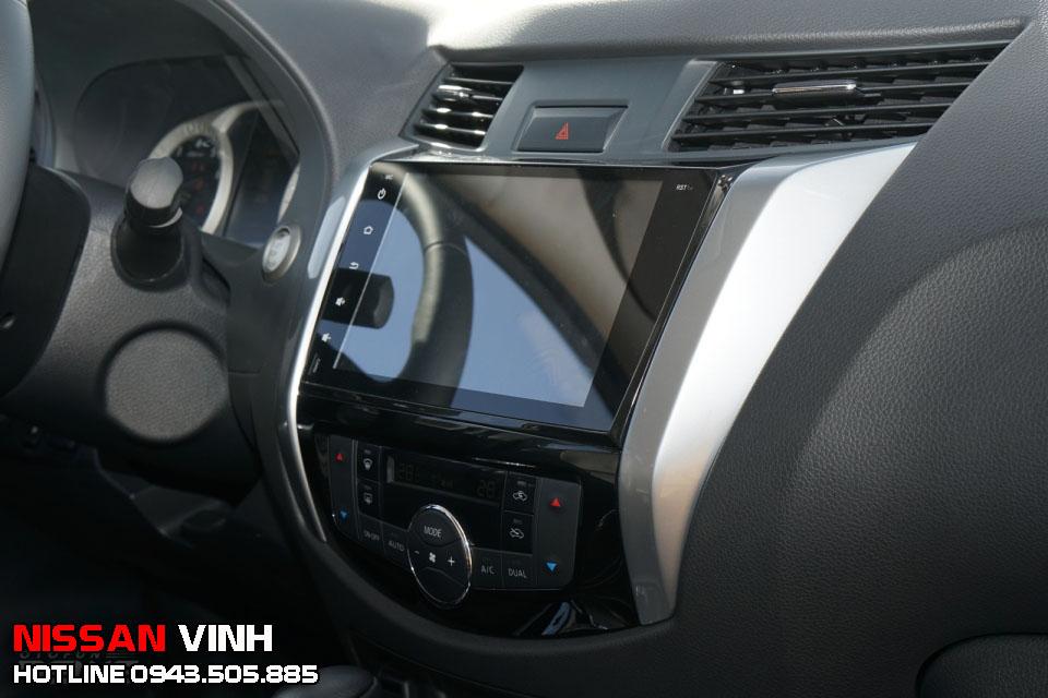 màn hình cảm ứng trên Nissan Terra