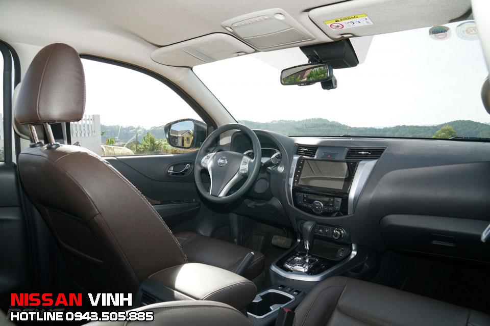 Đánh giá nội thất Nissan terra