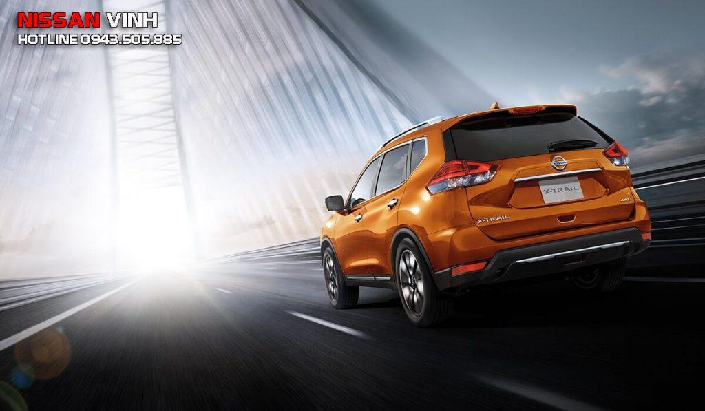 Đuôi xe Nissan Xtrail 2020