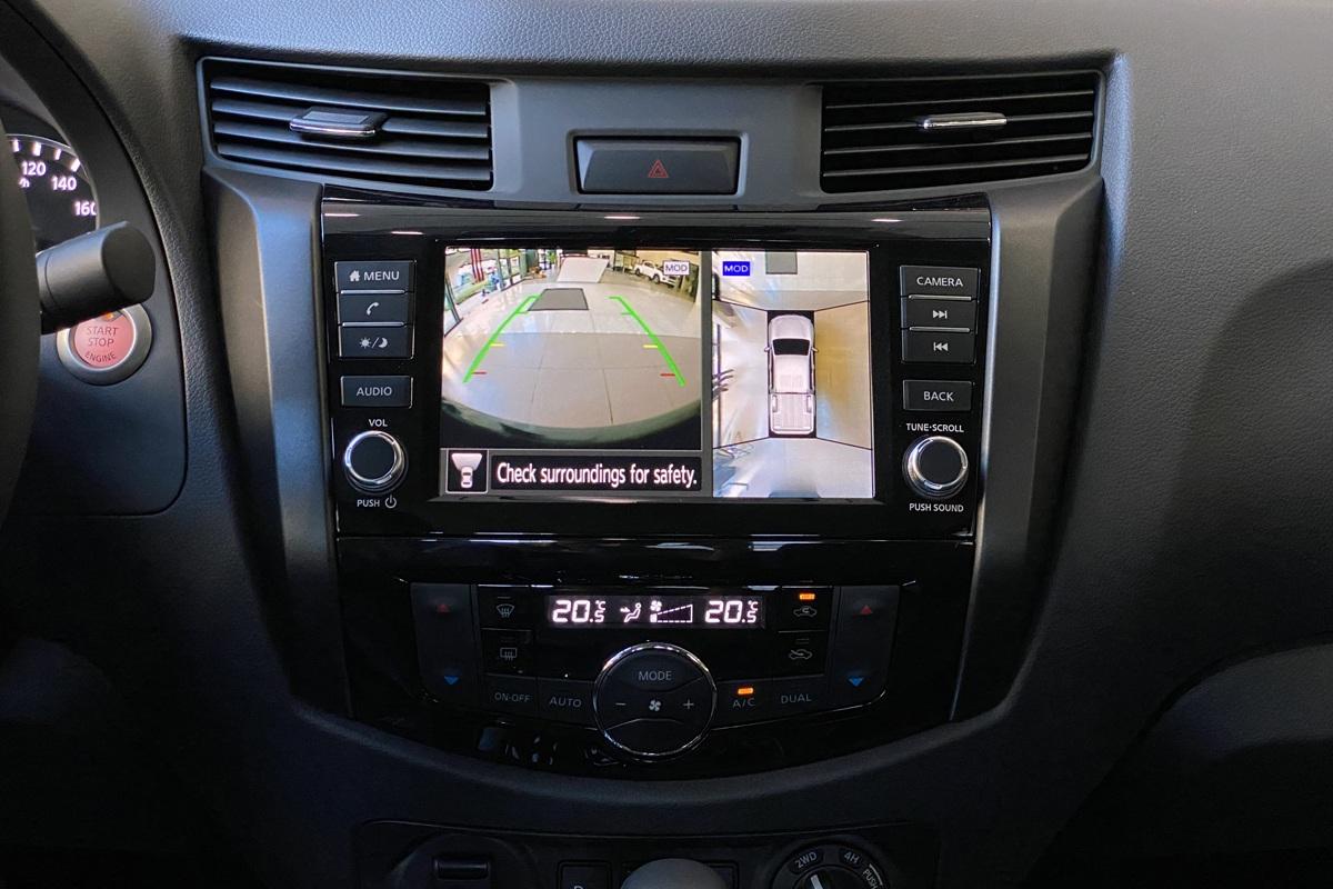 Nissan Navara 2021 trang bị Camera 360